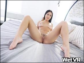 wetvr-alina-lopez-03